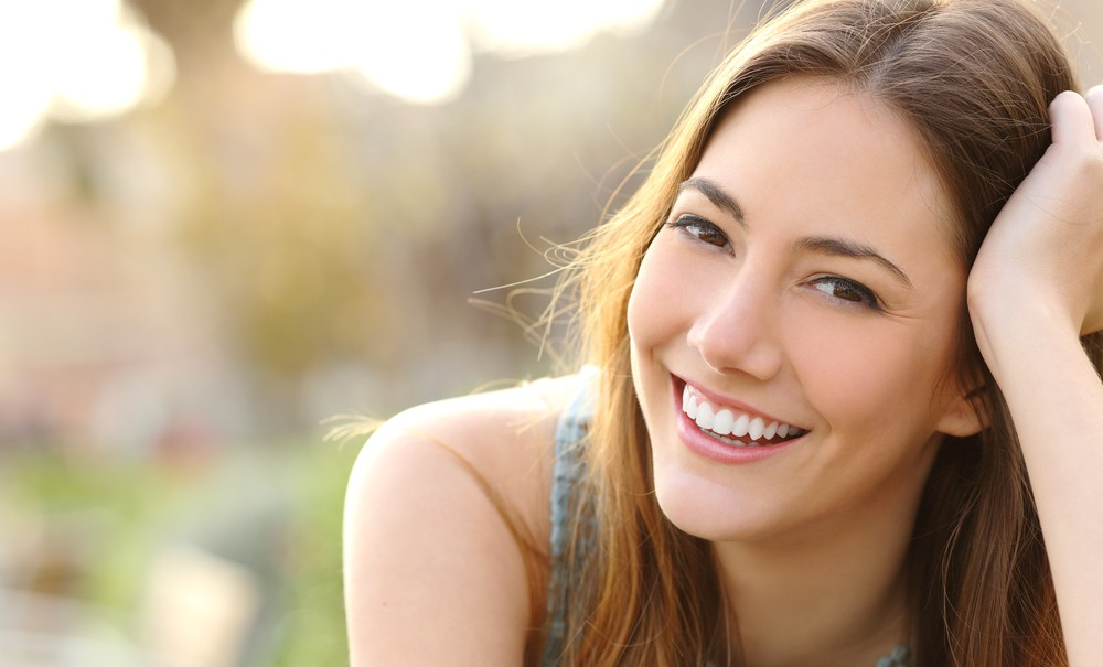 Smile Essay: Optimistic Mood as a Miracle Cure for All Problems