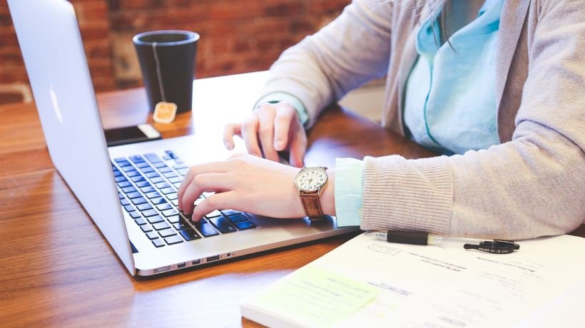 Writing Services Online: Resolving Ethical Concerns in Writing