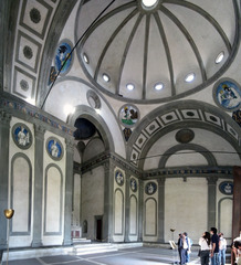 Title/ Designation: Pazzi Chapel Artist/ Culture: Basilica di Santa Croce, Florence, Italy, Filippo Brunelleschi (architect) (maybe Michelozzo) Date of Creation: c. 1429-1461 CE Materials: Masonry
