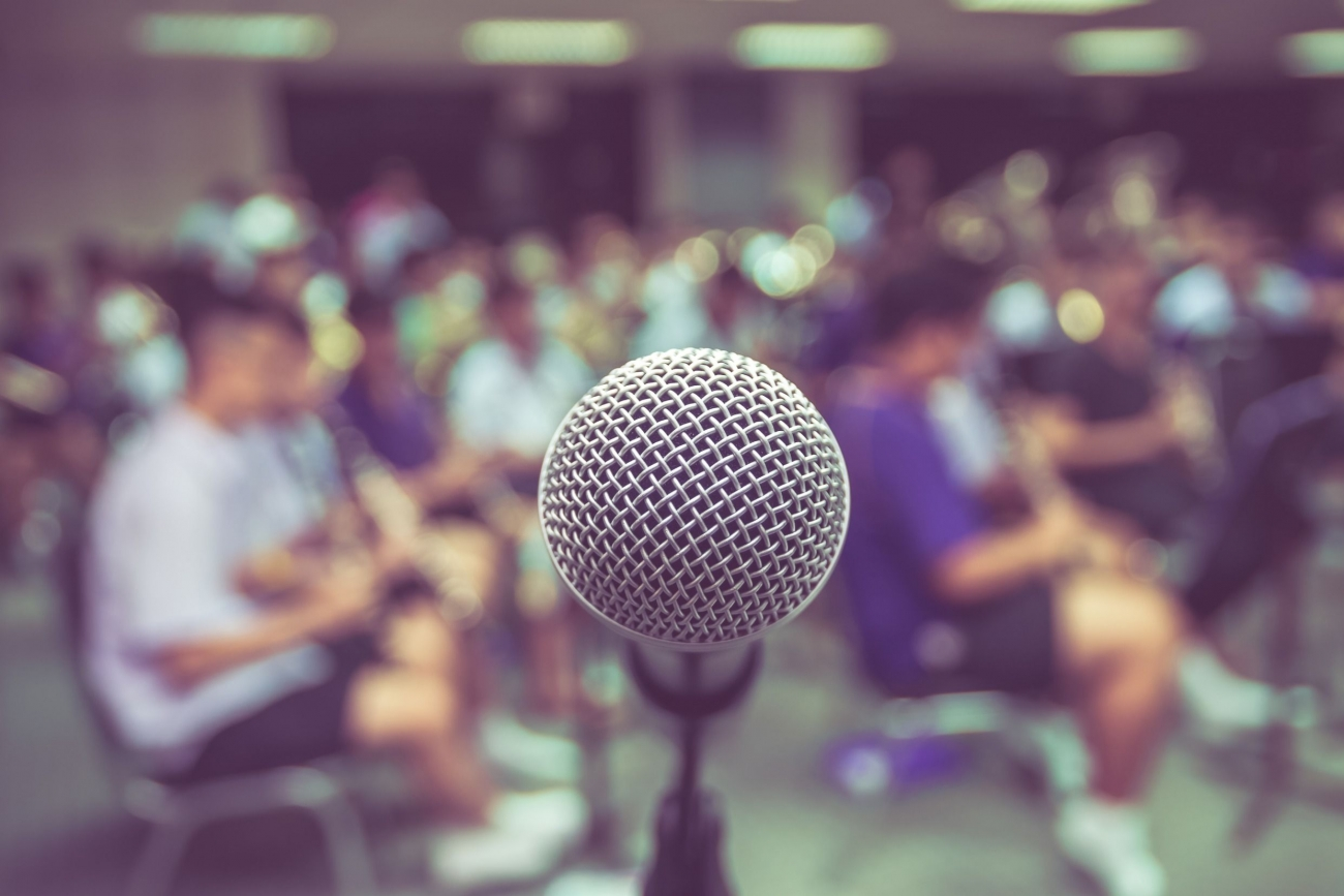 how to become an excellent public speaker